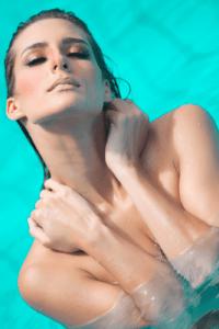 B.B_Shorty - Lifestyle, zarte Haut und Traumfrauen für Beautyfotografie – Leyla del Amor – Erotik mit Niveaunfach anders belichtet – Thomas Kadel Fotograf @ Hot and More